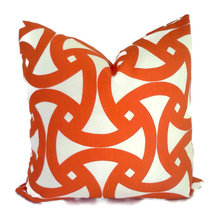 outdoor pillows and rugs