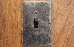 Hammer Textured Single Switch Plate