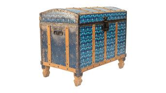 Baúl Vintage de cartón decorado