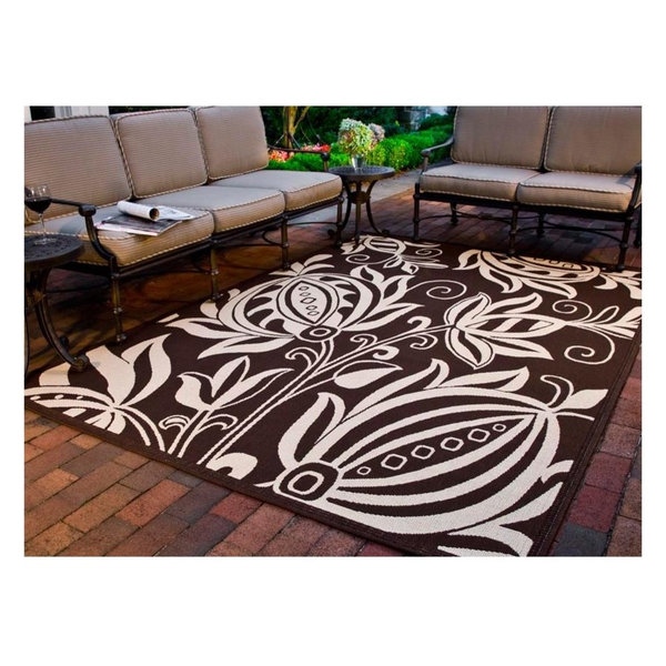 Chocolate And Natural Rug, 6'7