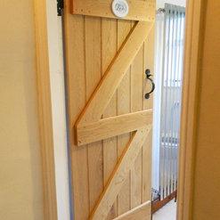 UK Oak Doors - Lutterworth, Leicestershire, UK LE17 4AG Wooden Front Doors Lutterworth on