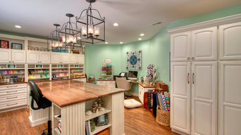 Gift Wrapping & Kids' Craft Studios