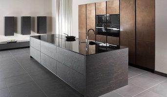 Moderne Designküchen mit dunklen Fronten