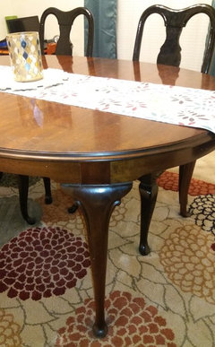 Wondrous Name That Chair Help Finding Chairs To Match This Table Uwap Interior Chair Design Uwaporg