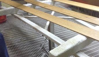 Realizzazione profili in legno massello di rovere per rivestimento scala in parq
