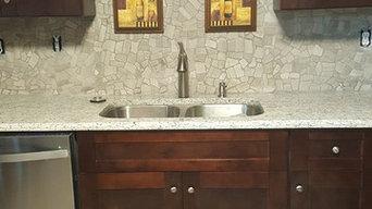 Kitchen Rennovation - Dark Kitchen Cabinets