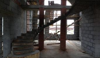Комбинированная полувинтовая лестница с забежными ступенями