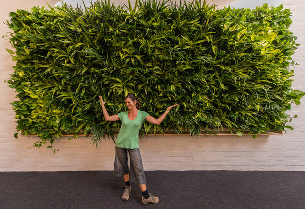 Merveilleux Living Walls. DIY Or Hire It Out? If Youu0027re Going For A Showstopping Look  (bigger Than Poster Size), Consider Hiring A Good Local Garden Professional.