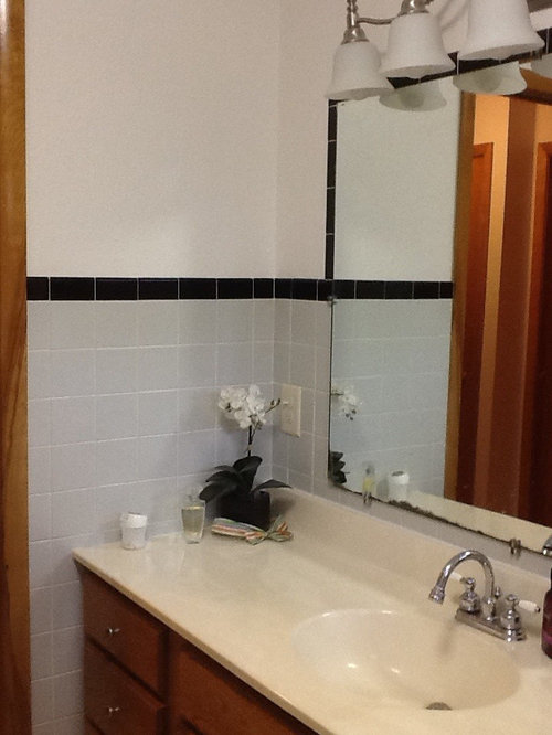 1950s Gray And Black Tile Bathroom Help