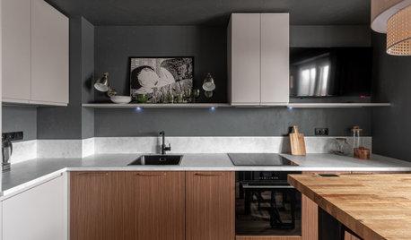 Фотоохота:  27 кухонь «без верха» — с полкой над фартуком