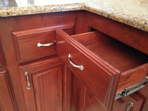 Corner Kitchen Drawers Will Not Open, How To Fix Pull Out Corner Kitchen Cupboard Handle