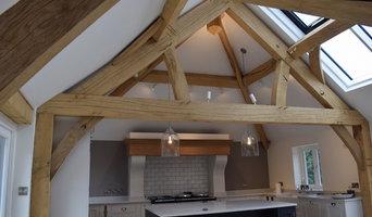 Queen post Oak truss for a kitchen extension