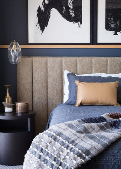 Contemporary Bedroom by Decor Road