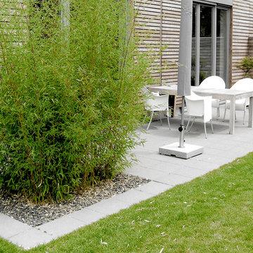 Moderner Doppelhausgarten