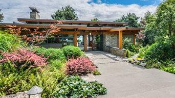 Organic Modernist Home