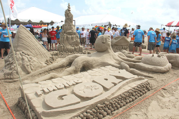 Designs In The Sand Where To See The Best Sandcastles - The 10 coolest sandcastle competitions in the world