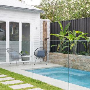 Contemporary pool in Sydney.