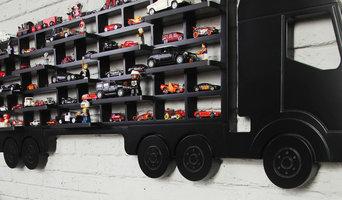 Полка гараж для машинок и игрушек грузовик polka-polka