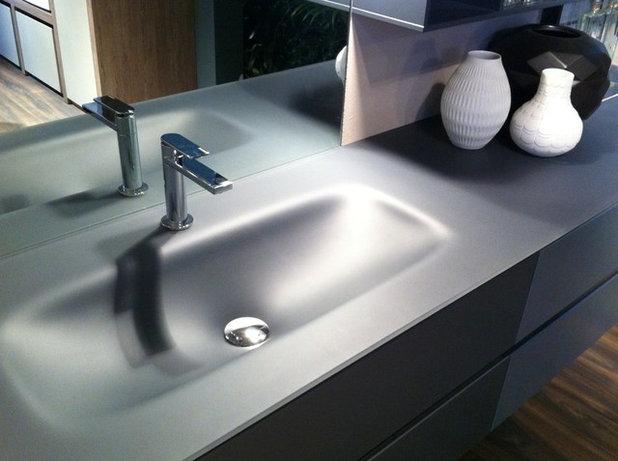Nice Contemporary uMy Evo Flow u bathroom set by Idea Group CERSAIE