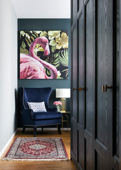 Transitional Wardrobe by The Scientist Pte Ltd