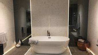 Contemporary free standing bathtub design