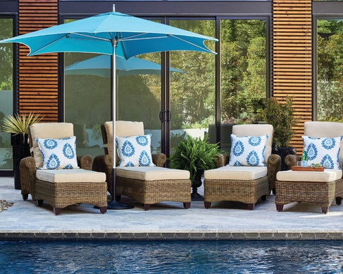 Stylish Outdoor Entertaining Ideas : Outdoor Dining and Outdoor Seating - Outdoor Umbrellas