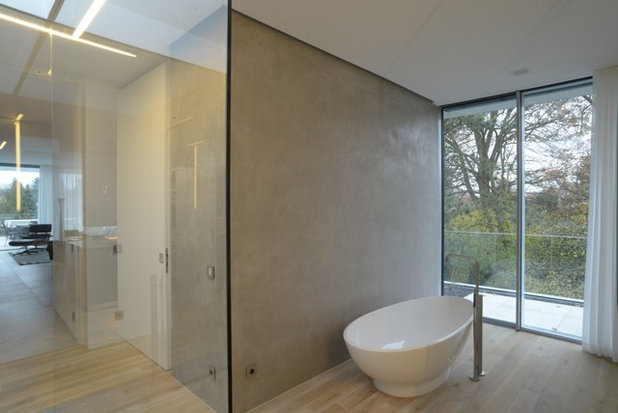 Contemporary Bathroom by Terrawerk