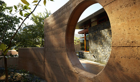 A Guide to Rammed Earth Construction