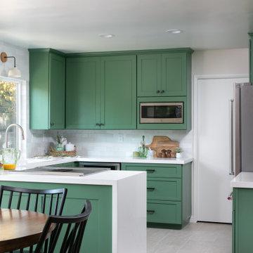 English Holly Kitchen