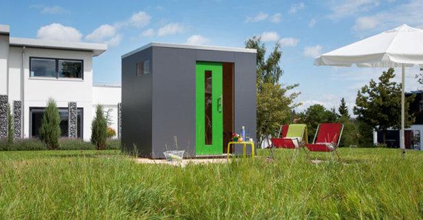 Contemporary Shed by Design&Garten-Designgartenhäuser von SchwörerHaus