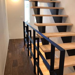 大阪の和モダンなおしゃれな階段の写真
