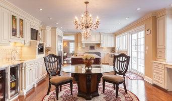 J&K Cabinetry | Creme Maple Glazed