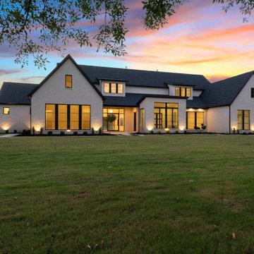 Ultra Modern Farmhouse {Frisco, TX}