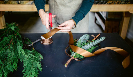 DIY Project: An Aromatic Holiday Home Garnish