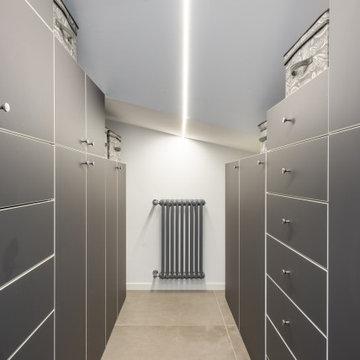 Cabina armadio con soffitto ribassato