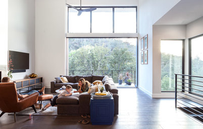 Houzz Tour: Family Builds Its Dream Home on a Wooded Hillside