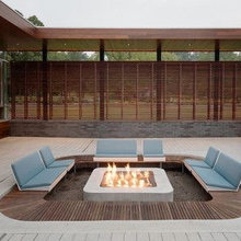 UCHI like these outdoor spaces...