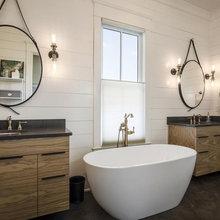 Master Bathrooms We Love