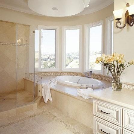 Bathroom crema marfil for Crema marfil bathroom countertop