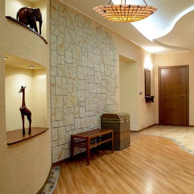 Transitional home design photo in Salt Lake City