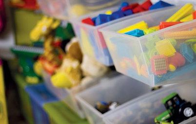 Психология: Сколько игрушек нужно ребенку и как играть ими правильно