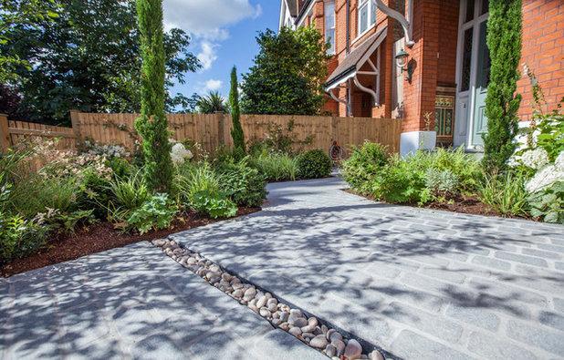 Contemporary  by Simon Orchard Garden Design