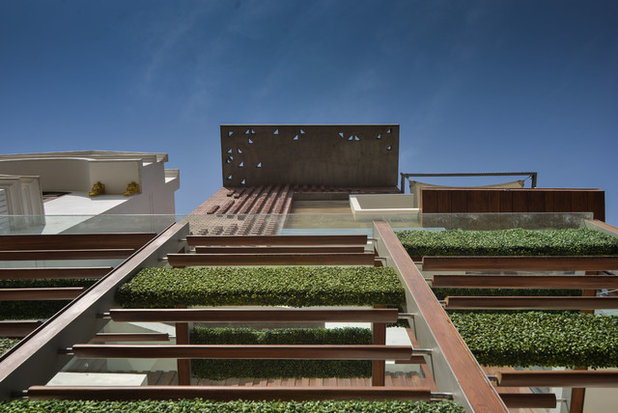 Contemporary Exterior by SPACES ARCHITECTS@ka