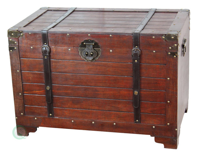 Delightful Old Fashioned Wood Storage Trunk Wooden Treasure Hope Chest