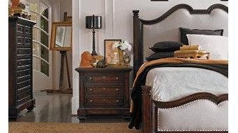 European Farmhouse-Hampton Hill Upholstered Bed