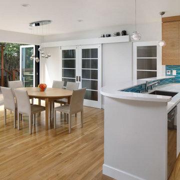 Bridging the Gap Between Indoor and Outdoor Living in Mountain View