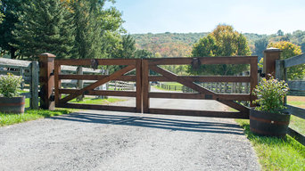 Custom Country/Farm-Style Wooden Gates