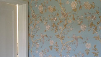 Wallpaper hanging