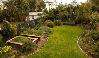 Sherwood native and edible garden
