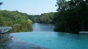Vanishing-Edge Pool & Spa